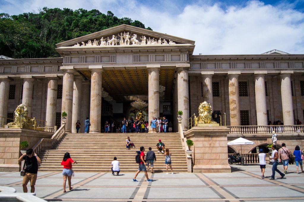 Храм Леи