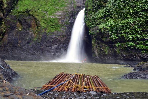 Водопады Пагсанхан